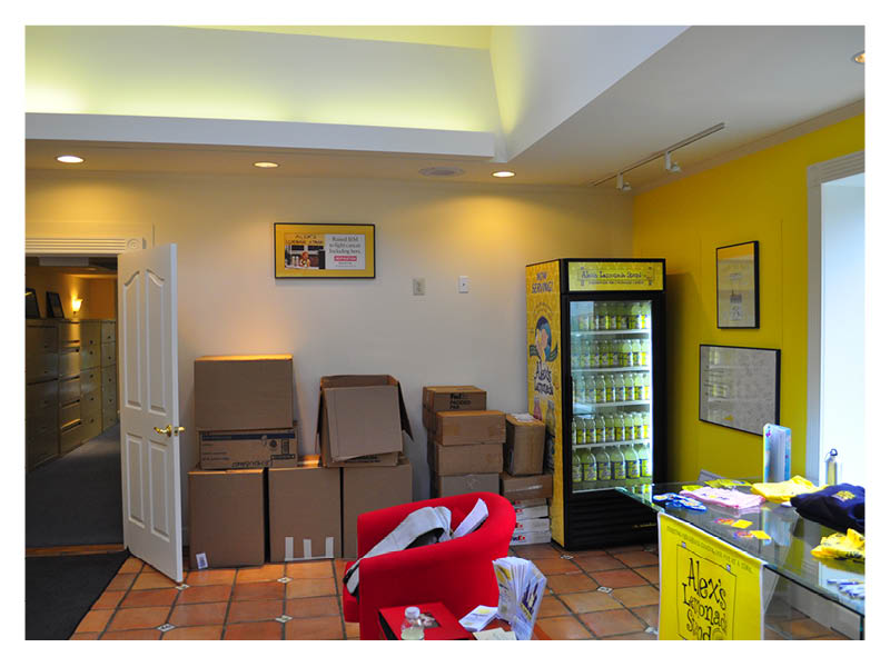 Alex's Lemonade Stand lobby